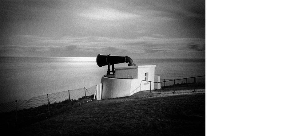 Corne de brume du phare de Duncansby Head (Ecosse), point le plus au nord du Royaume Uni.  Decembre. 1991.  Foghorn of the lightroom of Duncansby Head (Scotlland). Northern point of United Kingdom.  December. 1991.
